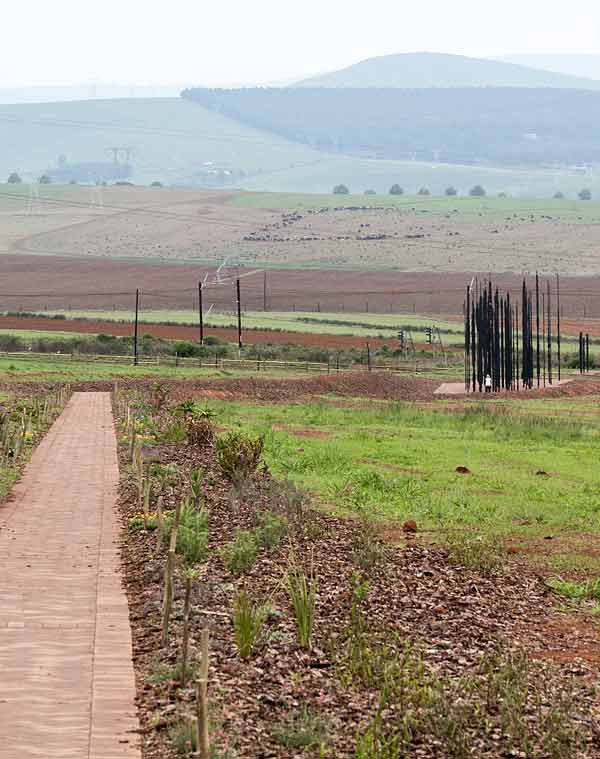 Path leading to Mandela sculpture